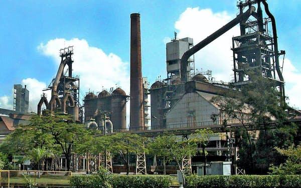 日鉄が出資するブラジルのウジミナスは主力のイパチンガ製鉄所で3基の高炉のうち、2基を一時休止する