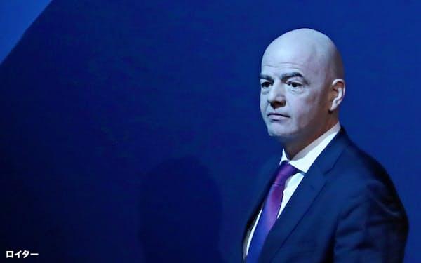 インファンティノ氏が会長を務める現在のFIFAはトップダウン色が薄まっている=ロイター