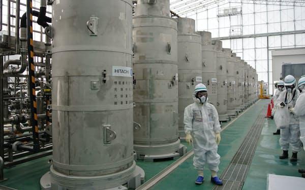 汚染水から放射性物質を取り除く多核種除去装置(ALPS)
