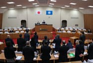 柏崎市議会は使用済み核燃料の経年累進課税の導入を定めた条例案を可決した(21日、柏崎市)