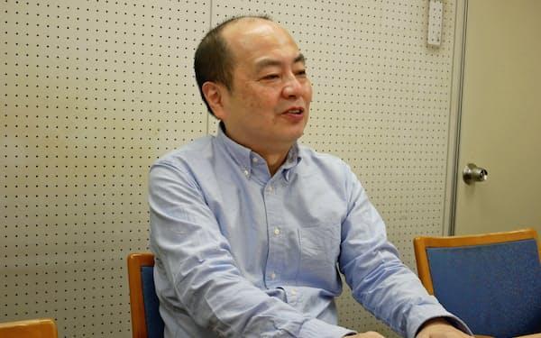 平成は「アイドルがより身近になり、昭和以上に社会と共に歩むという側面が強まった」という
