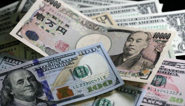 外為市場によって異なる通貨を持つ世界各国が取引できている