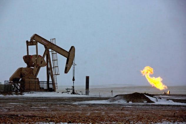 米原油先物の取引価格は一時、マイナスに転落した(ロイター)