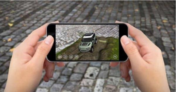 拡張現実(AR)を活用し、スマホアプリで新型「ディフェンダー」の走りを体験できる