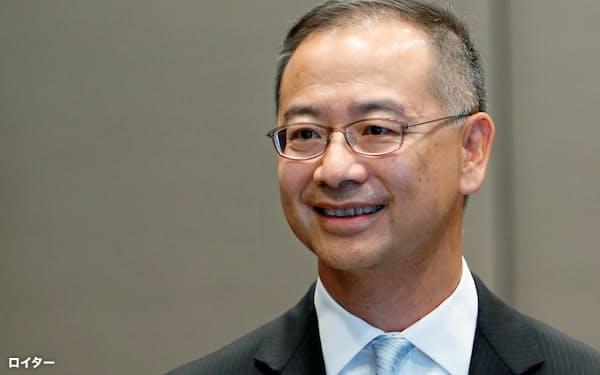 香港金融管理局の余偉文総裁は「市場の状況を注意深く監視する」と述べた=ロイター