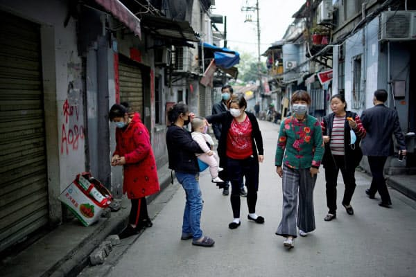 湖北省武漢市では新規感染者が減少していた(4月5日)=ロイター