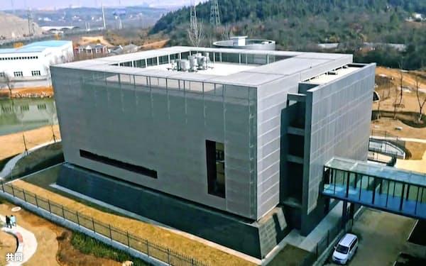 中国科学院武漢ウイルス研究所の実験室が入る建物(中国・武漢)=共同