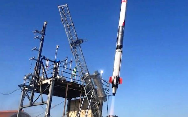 インターステラテクノロジズは5月に予定していた小型観測ロケット「モモ」5号機の打ち上げ実験を延期すると発表した(写真はモモ3号機)