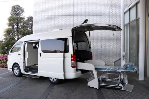 トヨタが医療機関に提供した新型コロナ重症患者向け移送車両