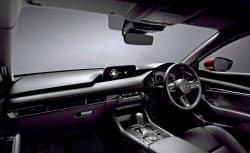 「マツダ3」は運転席からの広い視界が評価されキッズデザイン賞を受賞した