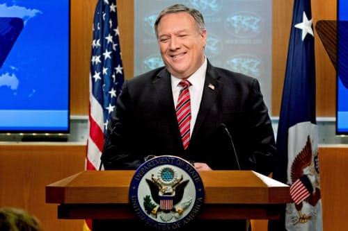 ポンペオ米国務長官は新型コロナウイルスで中国責任論を強調する=ロイター