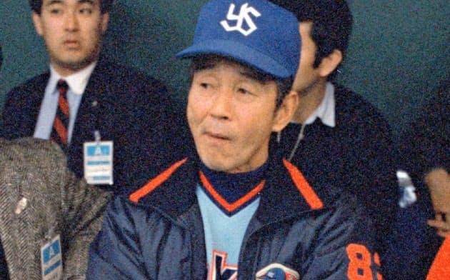 4月に死去した関根潤三さんは生粋の野球人だった(ヤクルト監督時代の1988年)=共同