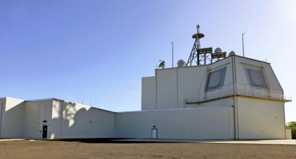 米ハワイ州カウアイ島にある地上配備型迎撃システム「イージス・アショア」の米軍実験施設(2019年1月)=共同