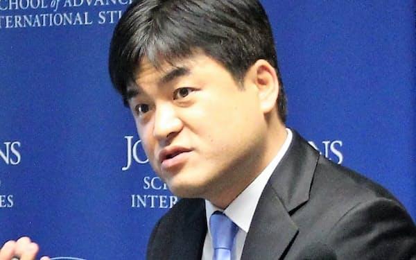 Jung Jaikwan 米コーネル大博士(政治学)。ジョージ・ワシントン大客員教授などを経て、18年より現職。専門は比較政治学や政党政治など。