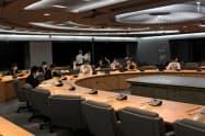 県は危機管理対策会議を開いて対応を協議した(11日、県庁)