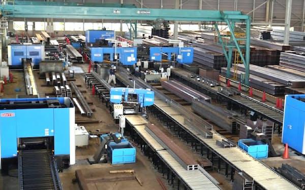 営業と製造加工ができる多能工社員も増やす(大阪府堺市の加工出荷拠点)