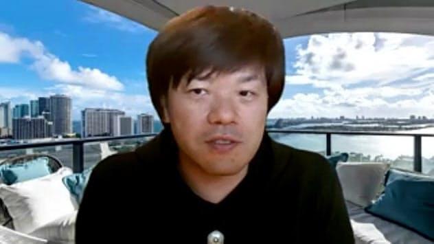 ひらの・けいいちろう 作家。1975年生まれ、京大法卒。99年「日蝕」で芥川賞。著書に「マチネの終わりに」など。「ある男」の英訳が近く米国で刊行される。