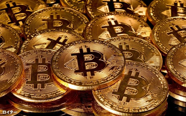 ビットコインはドルや金と並び資金逃避先になっている(写真はイメージ)=ロイター
