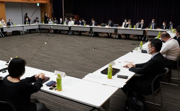 専門家会議が新型コロナウイルス感染症対策の実質的な政策論議の場となっている(5月14日)
