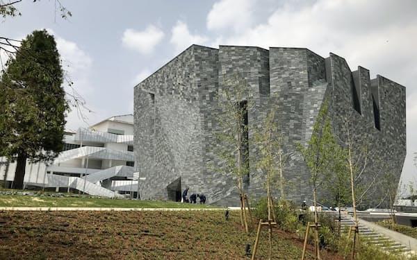 開業延期が決まったKADOKAWAの複合文化施設「ところざわサクラタウン」(埼玉県所沢市)