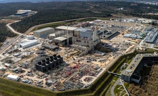 世界の主要国が参加し、南仏に建設中の核融合エネルギーの実験炉