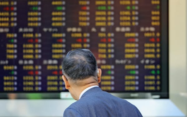 資産を長持ちさせるため株式などリスク資産をある程度持つことも選択肢になりそうだ