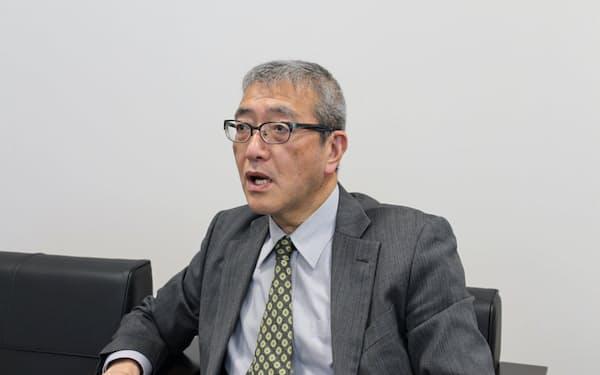 インタビューに応じる北海道エアポートの蒲生猛社長(14日、千歳市)