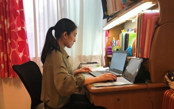 日本ユニシスは在宅勤務中の社員同士がフォローしあうように促している(同社提供)