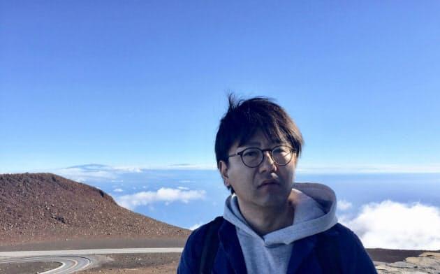 たなか・こおき 1975年生まれ。2013年ベネチア・ビエンナーレ日本代表。コロナ禍を受け、一部の映像作品を動画共有サイトVimeoで期間限定で公開中。