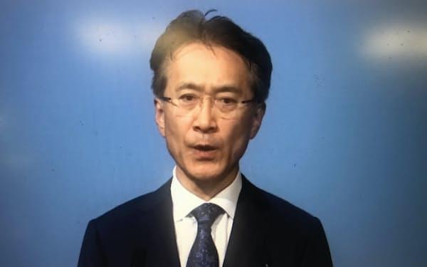 オンラインで経営方針を説明する吉田憲一郎社長(19日)