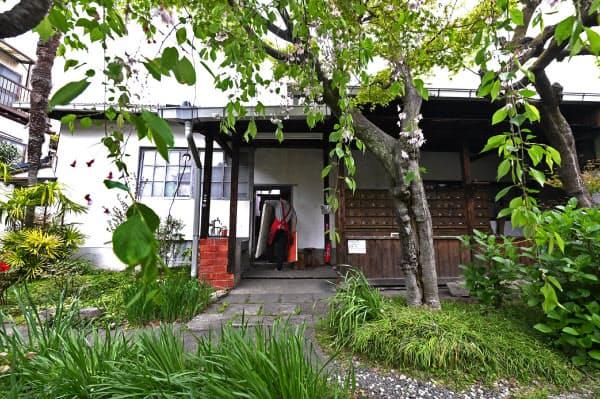 登録有形文化財に指定されている関西美術院(京都市左京区)