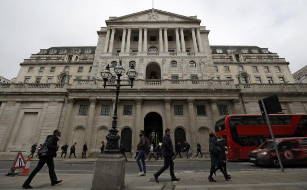 英国ではマイナス金利を巡る議論も(イングランド銀行)=AP