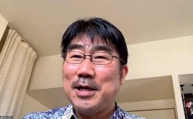 かめだ・せいじ 1964年生まれ。早稲田大卒。ベーシストとしても活動。椎名林檎、平井堅、スピッツら、多くのアーティストのプロデュースやアレンジを手がける。