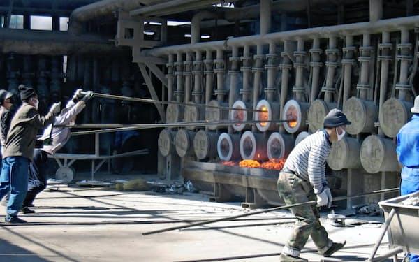 中国の減産規模は不十分との見方も(陝西省のマグネシウム工場)