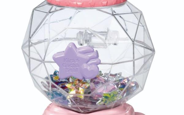タカラトミーが発売する玩具「キラ★ガチャシール」(C)TOMY