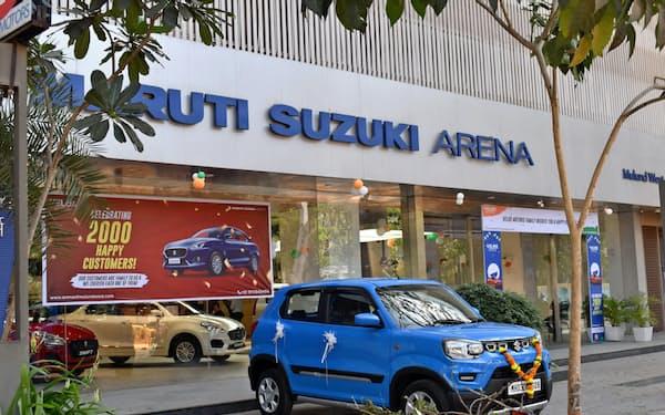 スズキは新型コロナの影響でインド販売が落ち込んでいる(インド・ムンバイ市内の販売店)
