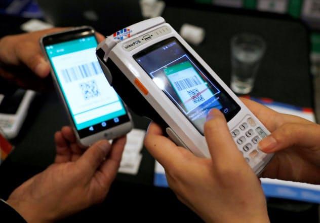 中国ではアプリを介した決済が広く普及する=ロイター