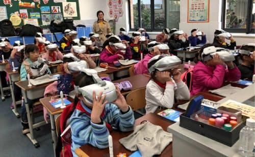 200以上の小中学校に導入(北京星辰万有科技提供)