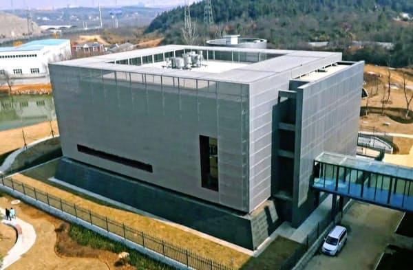 中国科学院武漢ウイルス研究所の実験室が入る建物=中国・武漢(共同)