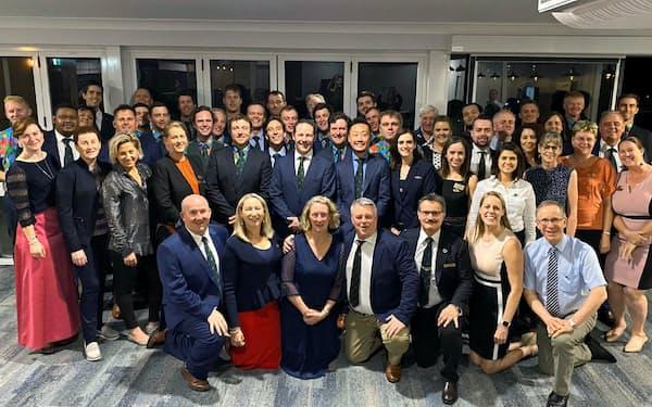 2020年3月にオーストラリアで開かれたナフィールド奨学金制度の交流会。2列目中央が森上翔太氏