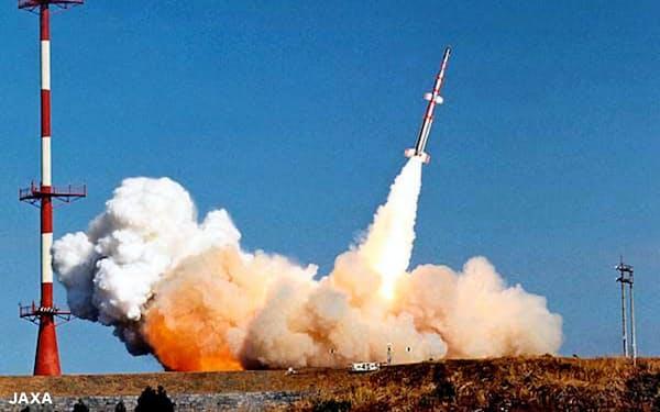 日本初の人工衛星「おおすみ」は、失敗の経験を生かして5度目の打ち上げで成功した