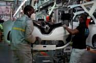 ルノーは仏工場の閉鎖を検討する(6日、パリ郊外のフラン工場)=ロイター