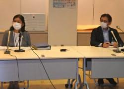 新たに判明した新規感染者について説明する北九州市保健福祉局の幹部(29日)