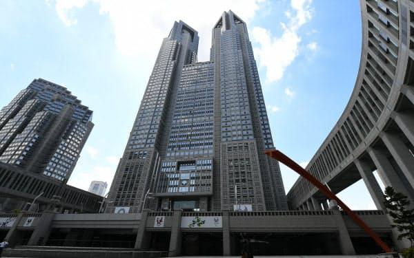 「東京アラート」を発出した場合は、東京都庁舎などを赤くライトアップする
