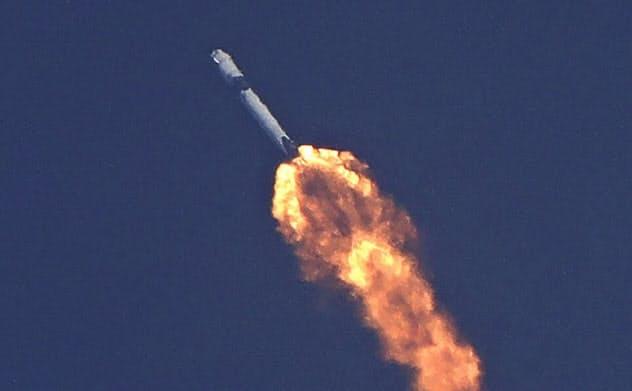 スペースX打ち上げ 有人宇宙開発「官から民へ」新時代