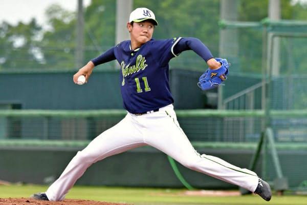 プロ入り後初めて打撃投手を務めたヤクルト・奥川(31日、戸田球場)=球団提供・共同
