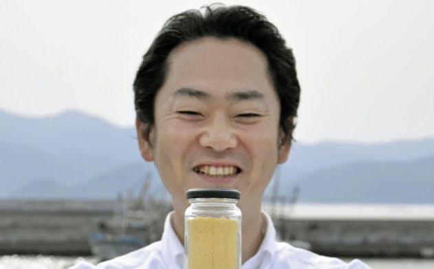 ホヤを粉末にした「ホヤパウダー」を開発した東北株式会社の浅間勝洋さん(5月15日、岩手県陸前高田市)