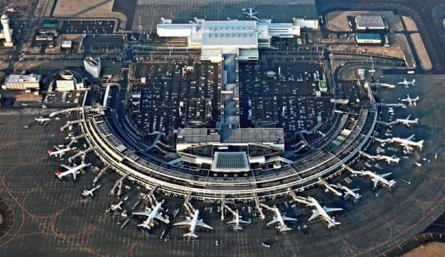 1~3月期の主要航空会社の最終損益は2兆円を超す赤字となった。