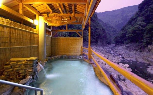 ホテル祖谷温泉は外国人にも人気の四国有数の宿泊施設(徳島県三好市)