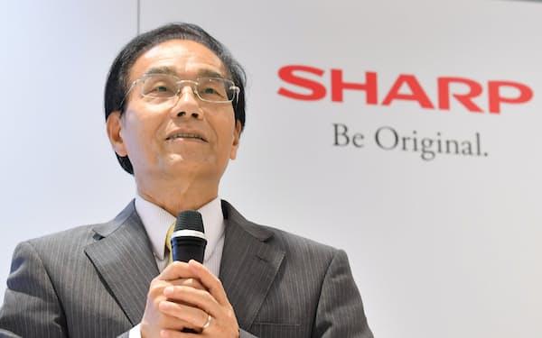 戴会長兼社長は「シャープで世界市場の開拓に集中したい」と、兼務していた親会社・鴻海の董事辞任を申し出た(写真は19年6月)